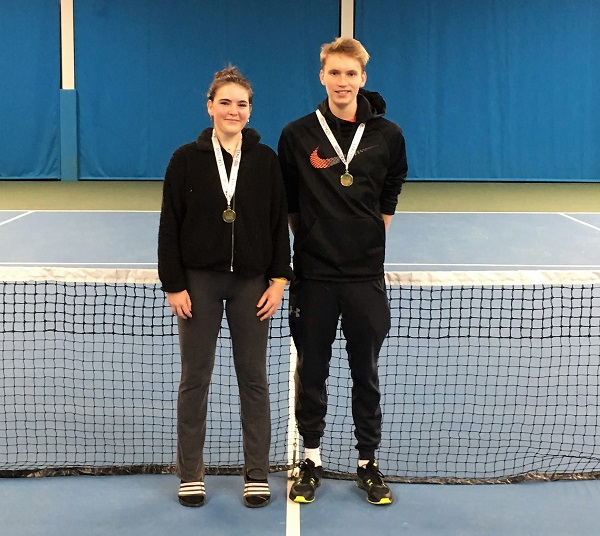 Winter National Tour title for Charlotte Russell