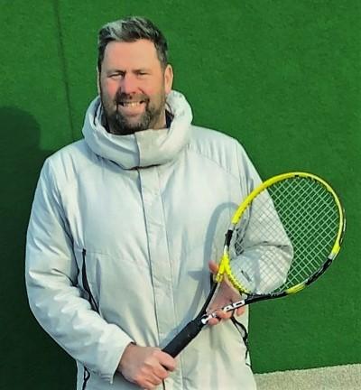 Sports equipment retailer provides generous donation to Gloucestershire community tennis